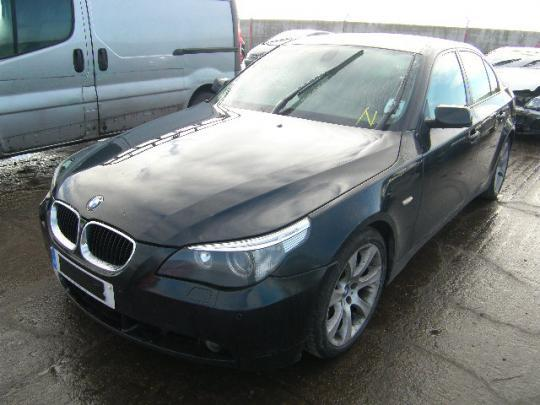 vindem geam usa fata de bmw 535d an 2006