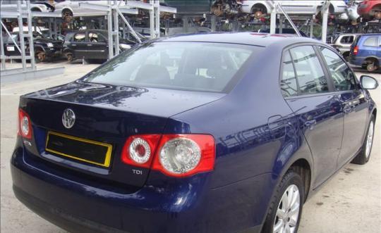 Vindem pompa servo directie Volkswagen Jetta 3 (1K2) 2005/08-2010/10