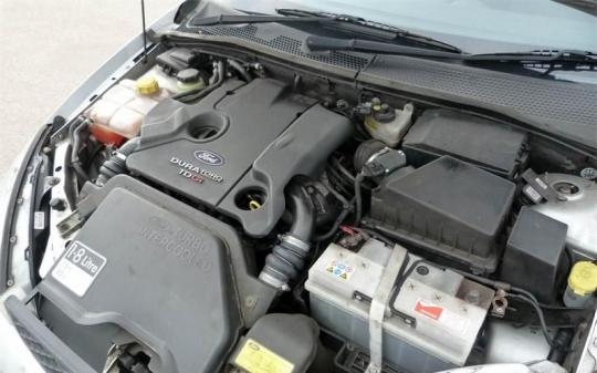 Vindem punte spate Ford Focus 1 (DAW) 1998/10-2004/11