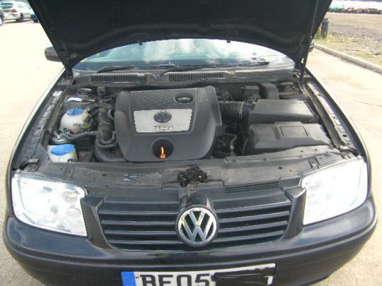 Vindem rampa injectoare Vw Bora 1.9Tdi AJM an 2004