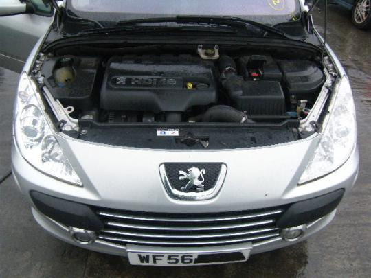 Vindem catalizator Peugeot 307  Break (3E) 2002/03-2007