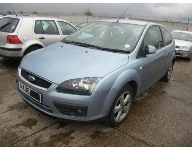 geam usa fata ford focus 2 1.6 tdci