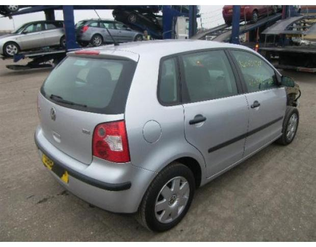 far dreapta volkswagen polo (9n) 2001/10-2009/11