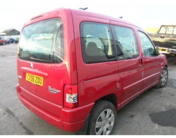 far dreapta citroen berlingo 1.6hdi