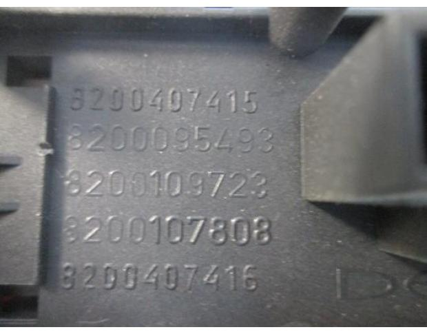buton avarie renault megane 2 1.5dci 8200407415