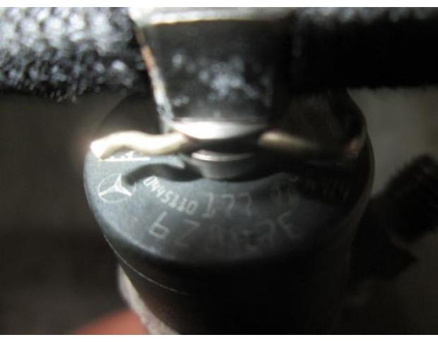 injector mercedes c 220 cdi 0445110177