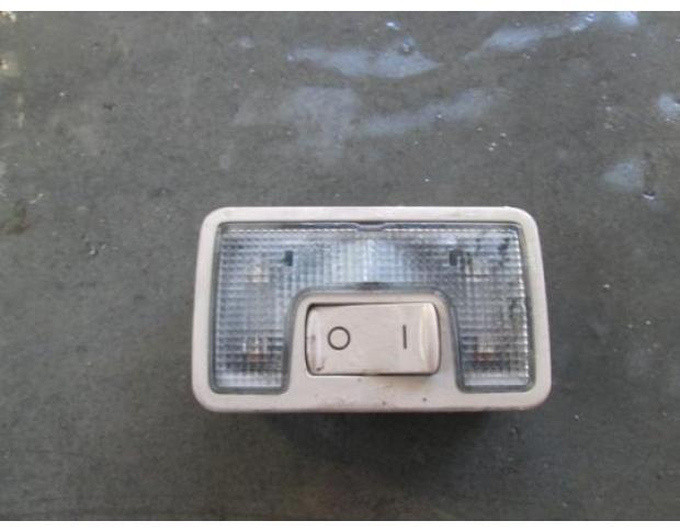 lampa plafon audi a4 2.5tdi bau 4b9947123