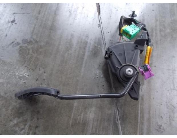 pedala acceleratie renault kangoo 1.5dci 8200101243