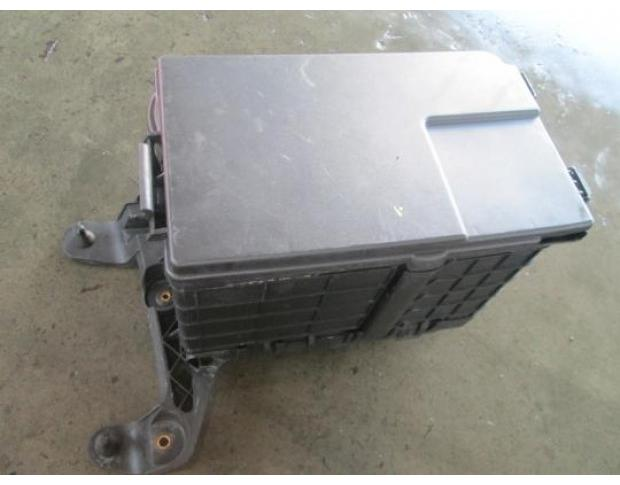 vindem carcasa baterie seat leon 2.0tdi bkd cod 1k0915443
