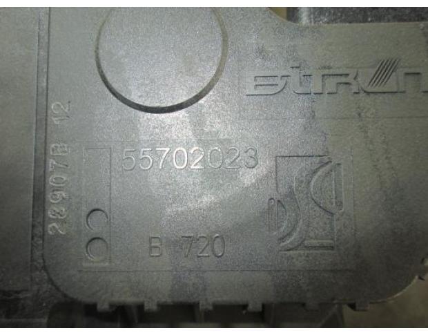 vindem pedala acceleratie opel corsa d 1.4b cod 55702023
