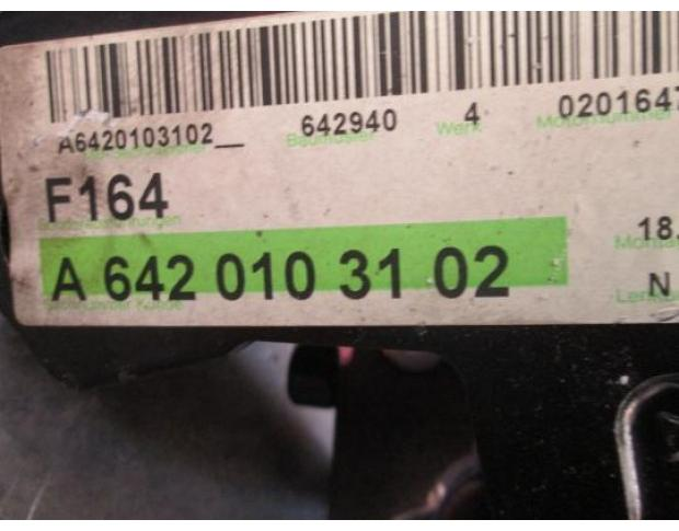 vindem pompa de ulei a6420103102 mercedes ml 320 cdi