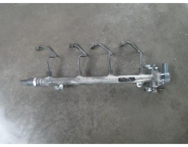 vindem rampa injectoare a6110700095 mercedes c 200 cdi