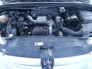 vindem motor de peugeot 307 1.4hdi 8hz